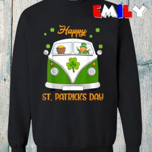 Hippie Car Leprechaun gold pot funny St Patricks Day sweatshirt