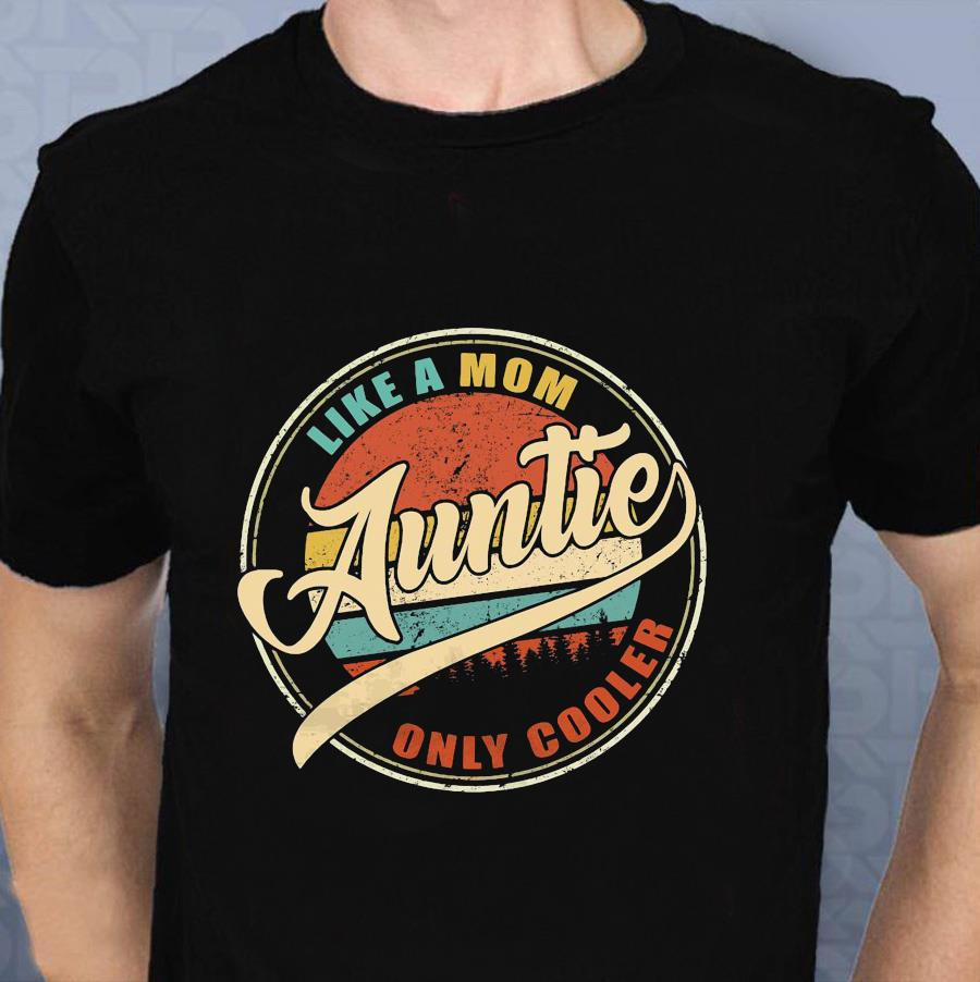 Like a mom auntie only cooler vintage t-shirt